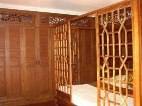 Chambre Sukhothai - panneaux de teck et paravent coréen