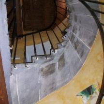 Le Petit Siam - escalier en pierre de Volvic
