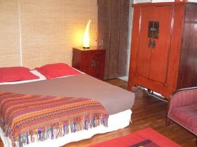 Chambre Phimai - Lit 160 et armoire chinoise